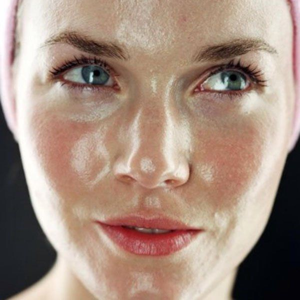 Disadvantages of Vaseline on the Face | Health | Oily face