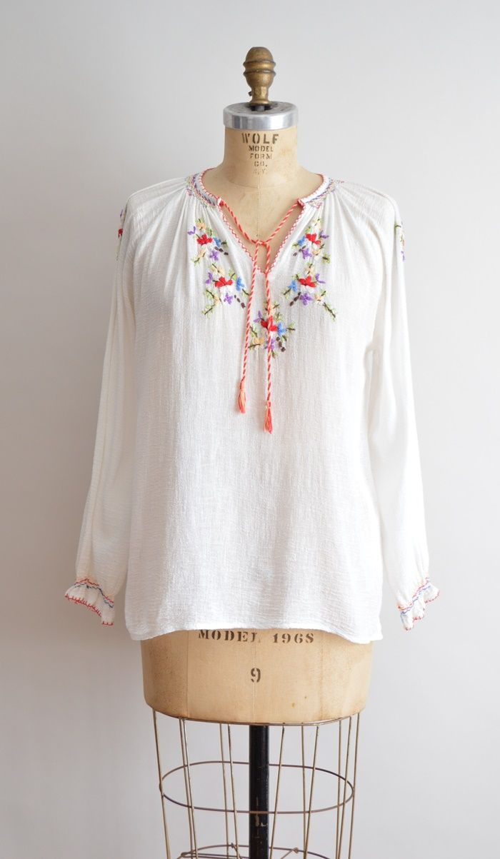 40319f7511ffd 70s gauze cotton top    Embroidered peasant top  boho