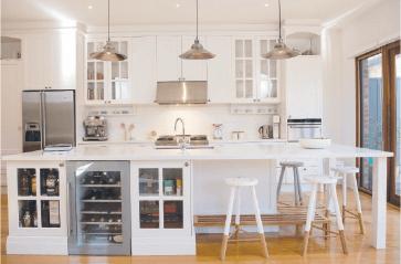 Hampton Style Kitchen Designs Awesome Kitchen Hampton Style Feed A Crowd At The Kitchen Bench  Kitchen Review
