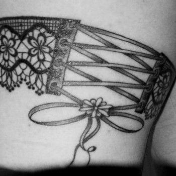 tatouage jarretière fleur