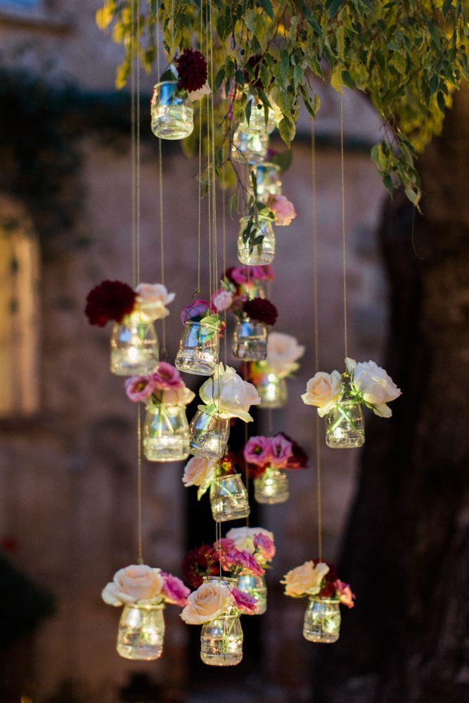 Beautiful decoration from old jam jars. Whether garden party or wedding …