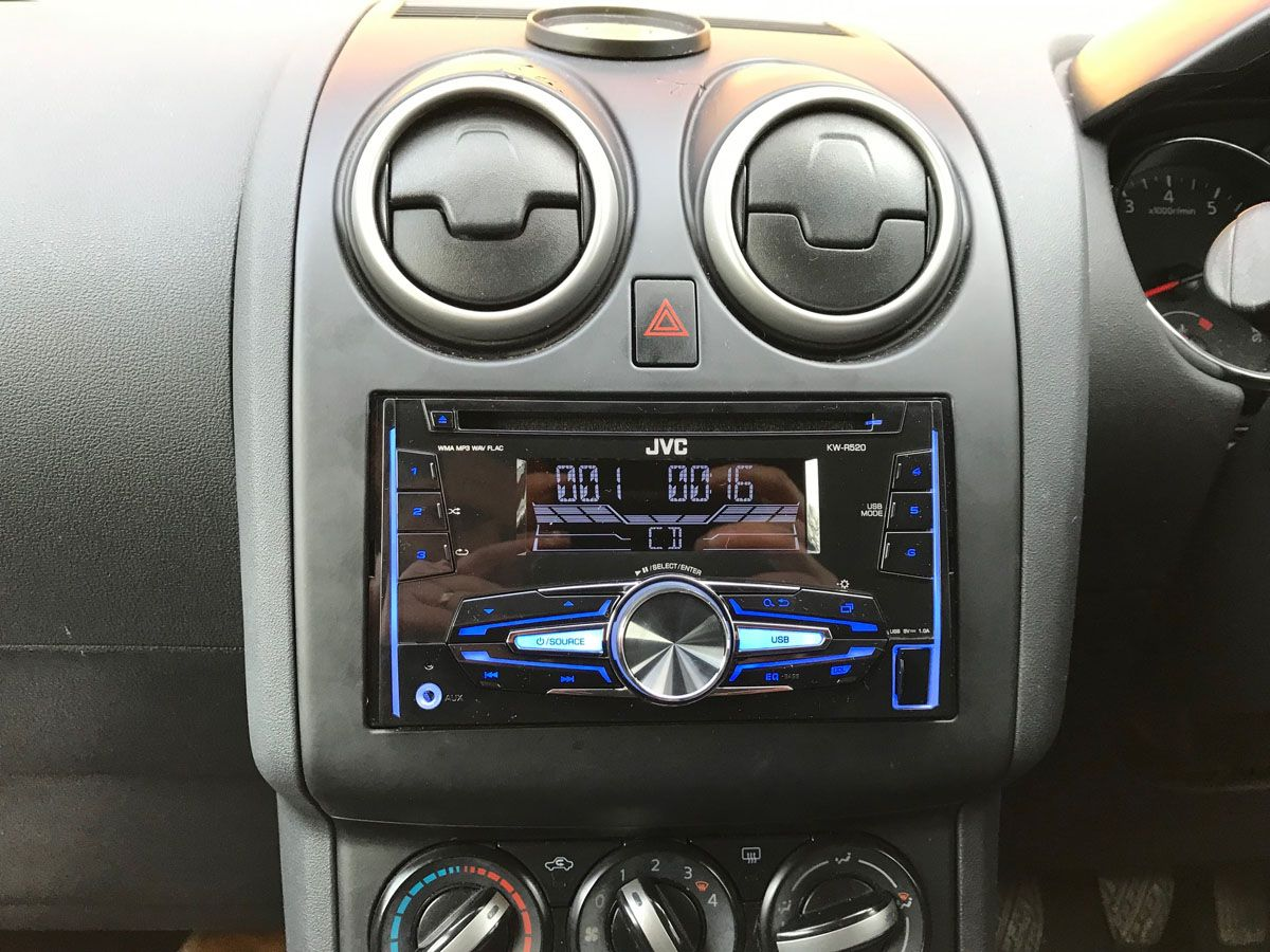 Another Great Install Here We Have A Nissan Qashqai 2013 Model Customer Wanted A Double Din Unit So He Opted For The Jvc Nissan Qashqai Jvc Installation