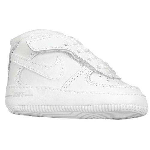 Air Force 1 baby crib shoes, just like his papi.
