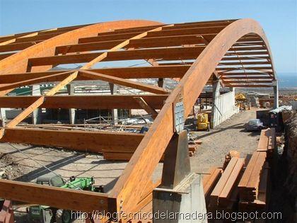 Sala de fiesta tropicana tenerife estructuras de madera - Estructura madera laminada ...