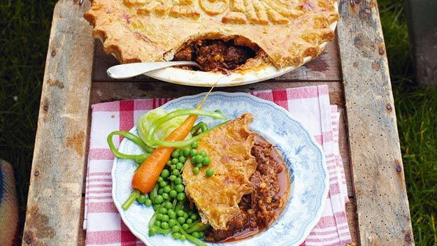 Jamie's Great Britain: Kate and Wills's wedding pie | Beef ...