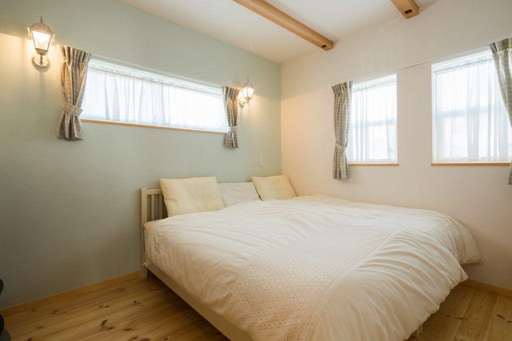 【アイジースタイルハウス】窓。ぐっすり眠れる寝室。一面 ...
