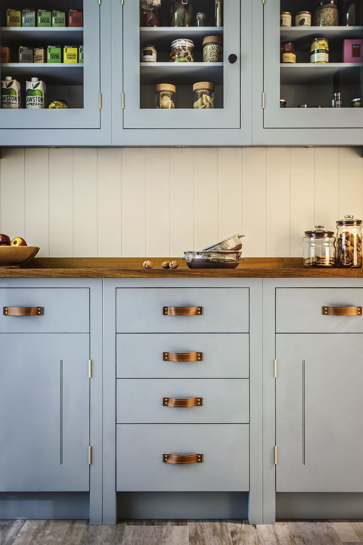 British Standard Kitchen inspired by Scottish arts and crafts ...