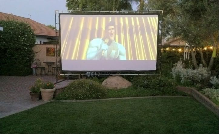 Charmant How To Build Outdoor Movie Screens