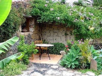 Pisos lajas de piedra interiores decoraci n de jardines for Pisos para patios y jardines