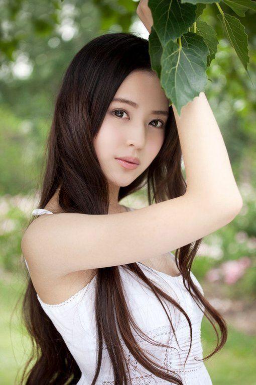 Pretty chinese girls