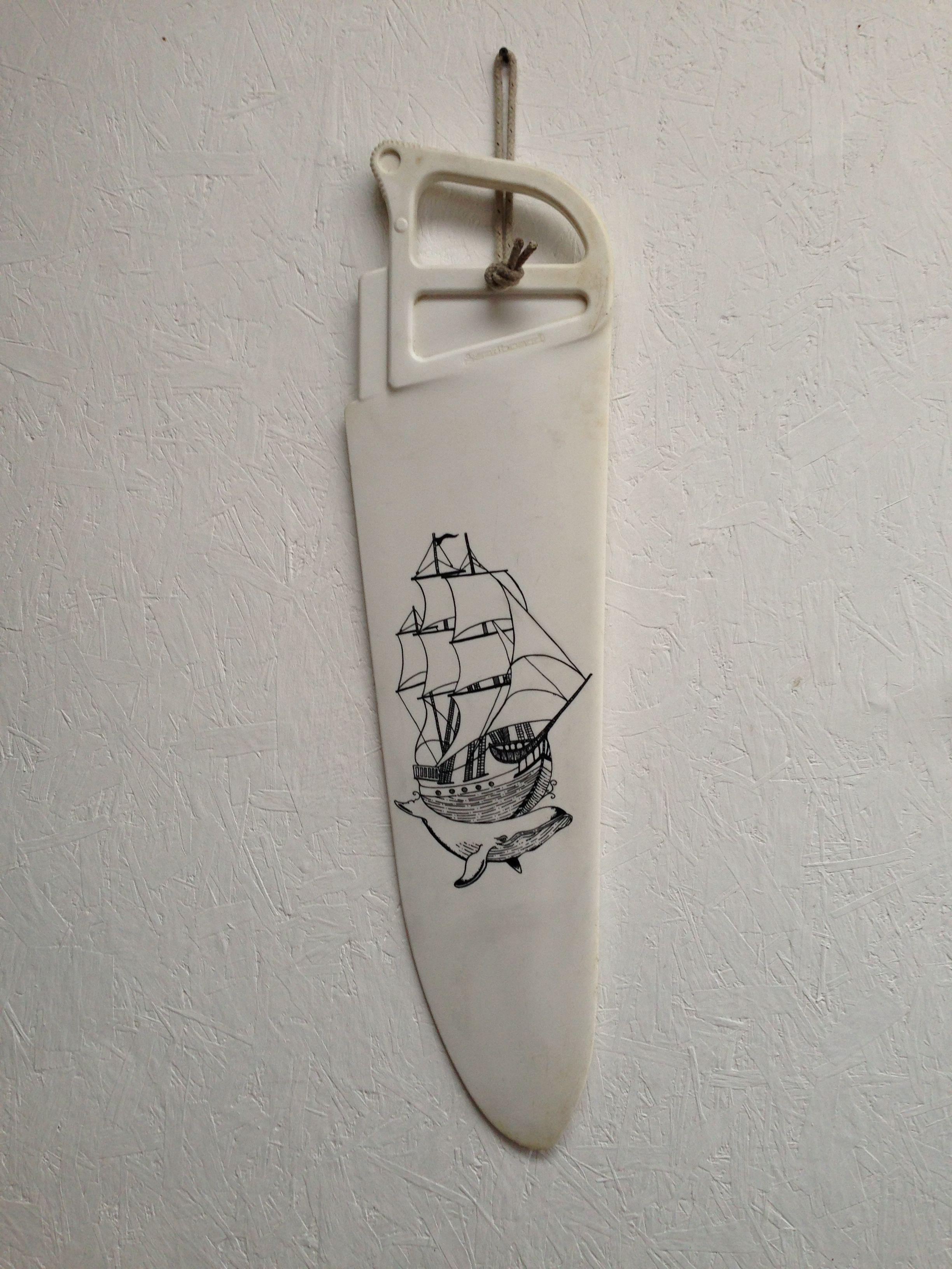 Whale boat on windsurfing dagger board | kitesurfing tips