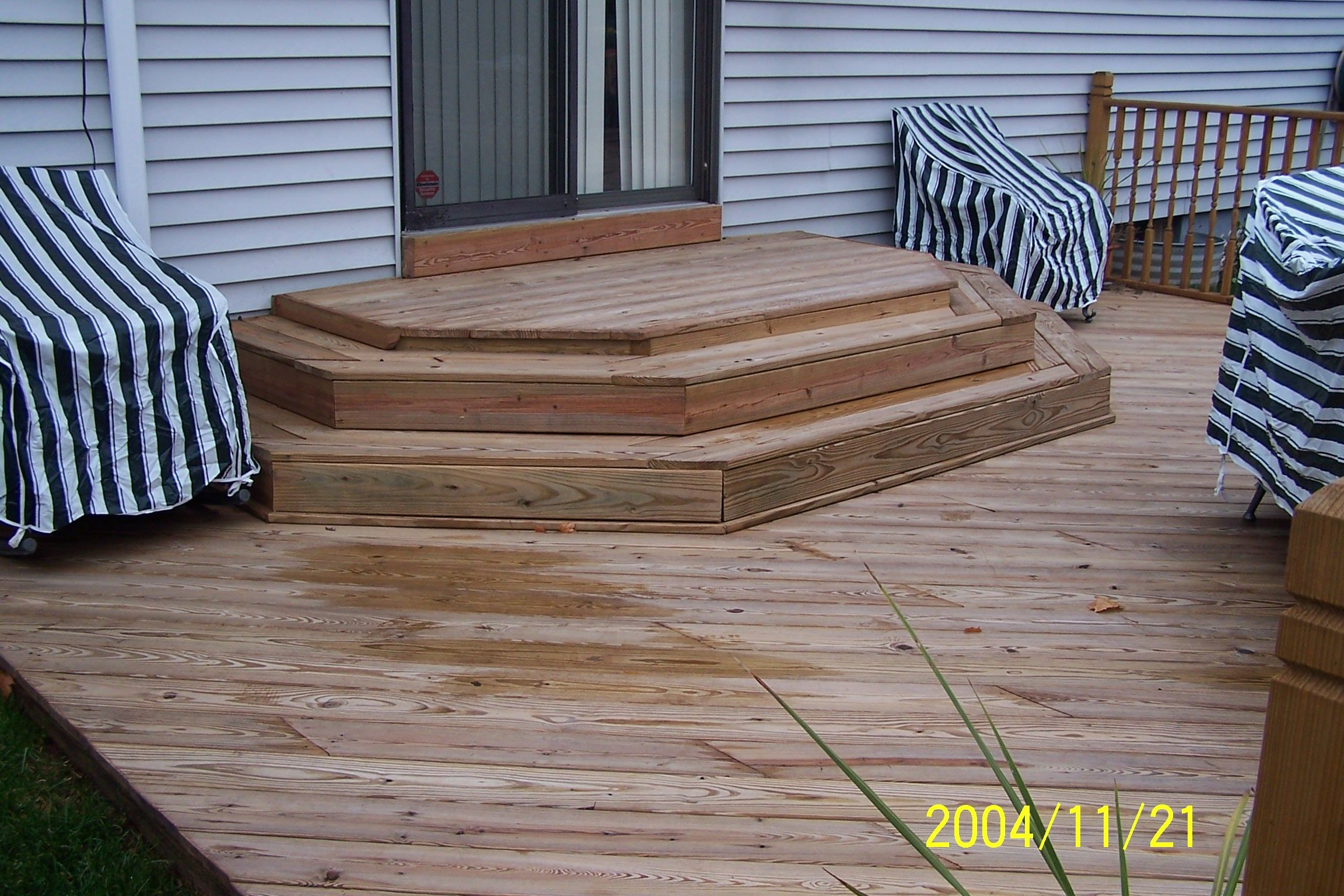 deck designs | ... deck to rear entrance of the house Special ...