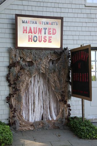 Well, I think we\u0027re just about ready to scare you! HALLOWEEN - decorate house for halloween