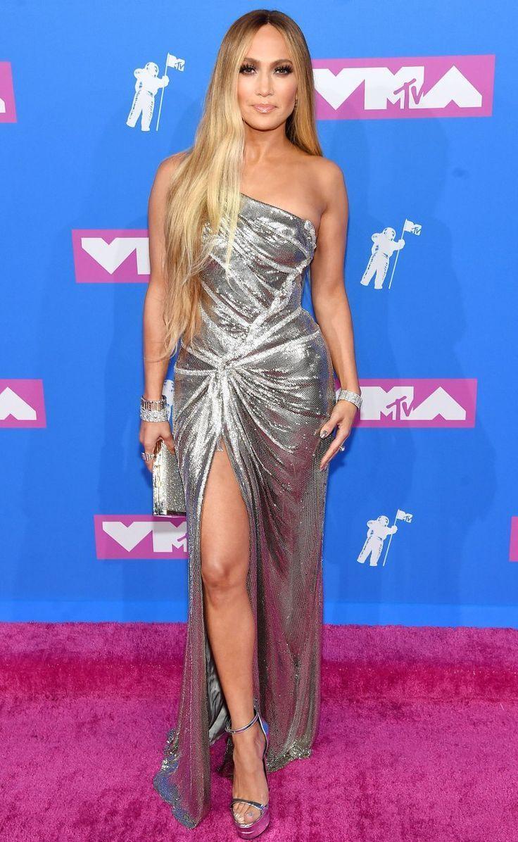 Red Carpet Looks Vma Celebrity Style - #carpet #celebrity #looks #style - #RedCarpetLooks