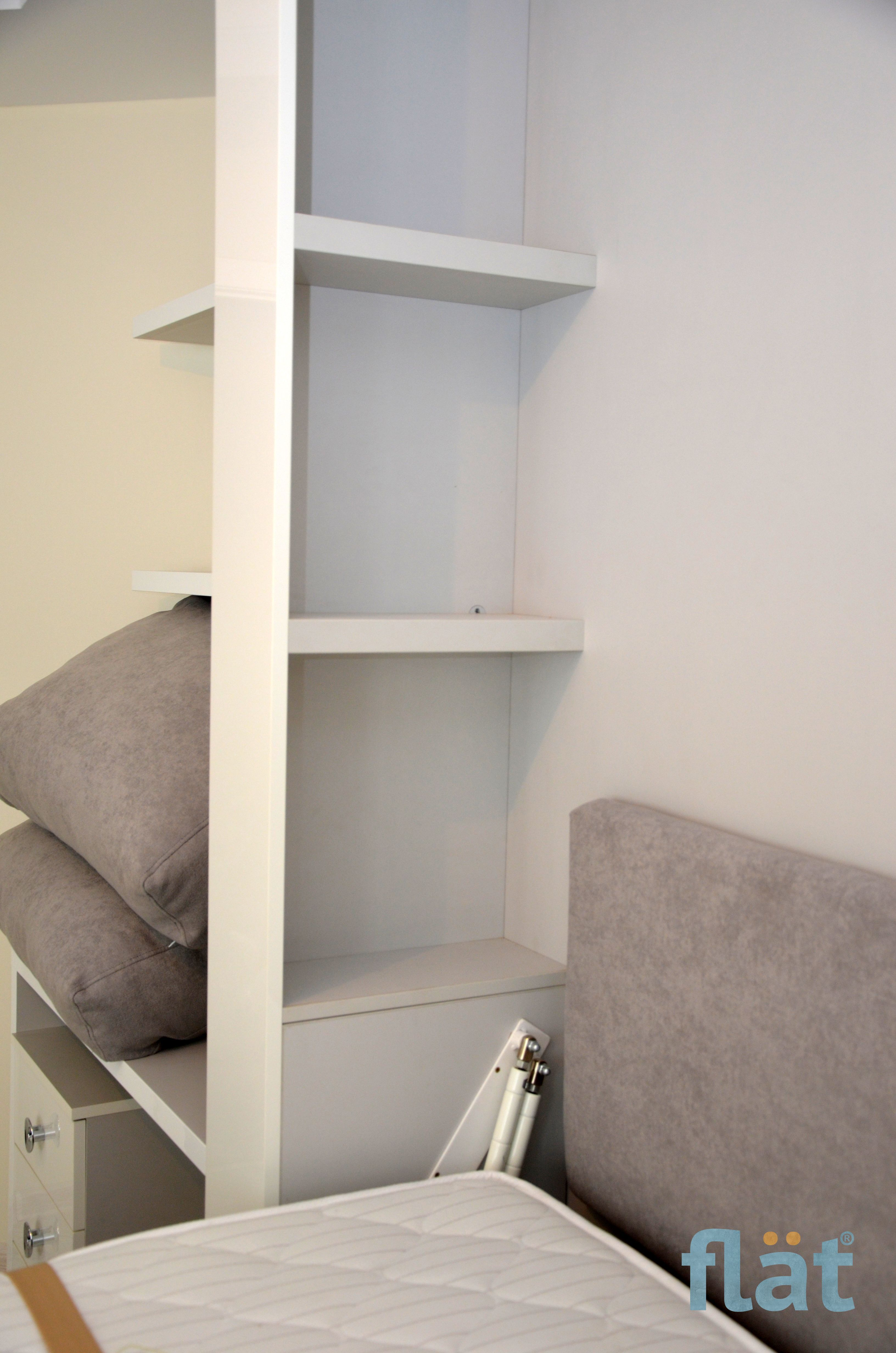 Queen size wall bed with mass storage. Corner room. Проект
