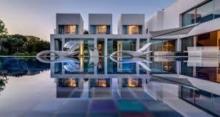 Znalezione obrazy dla zapytania dom marzeń z basenem