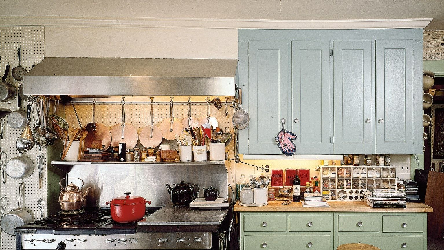 Inside Julia Child's \*Actual\* Home Kitchen in 2020