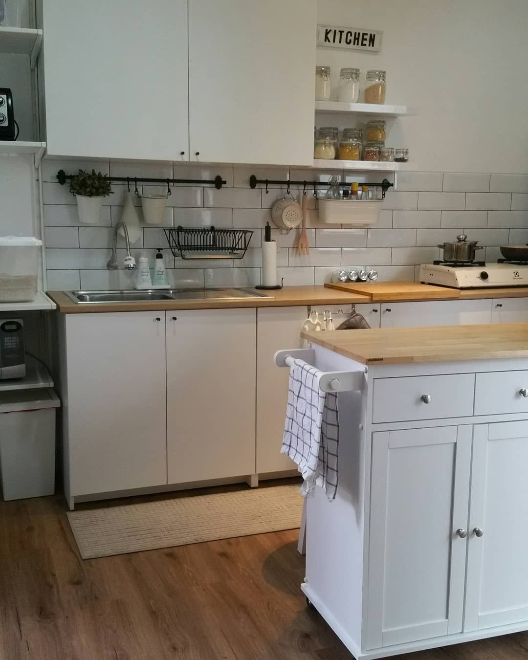 Ikea Knoxhult Pinterest Küche Ikea   Bosch Wasserkocher Tefal Küchenset