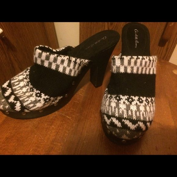 Charlotte Russe  Charlotte Russe clog style heels - never used - Charlotte Russe Shoes Ankle Boots & Booties