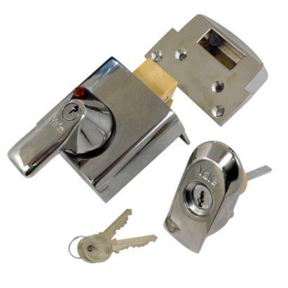 Yale Britsh Standard Nightlatch Chrome Finish 60mm 5010609030501 Door Locks And Latches Latches Wooden Doors