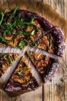 Pizza De Remolacha Con Pesto Rojo Y Espárragos Pesto Rojo