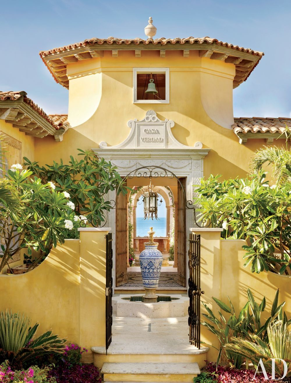Home Ideas Exterior Homes And House Beautiful: Home Tour: Heavenly Sunshine Villa In Mexico
