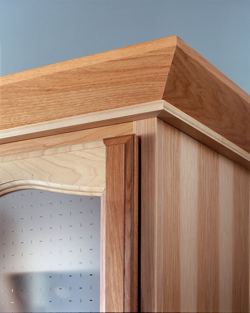 Joining 2 Different Crown Moldings Image 1441998351614 Jpg Crown Molding Kitchen Design Color Moldings And Trim