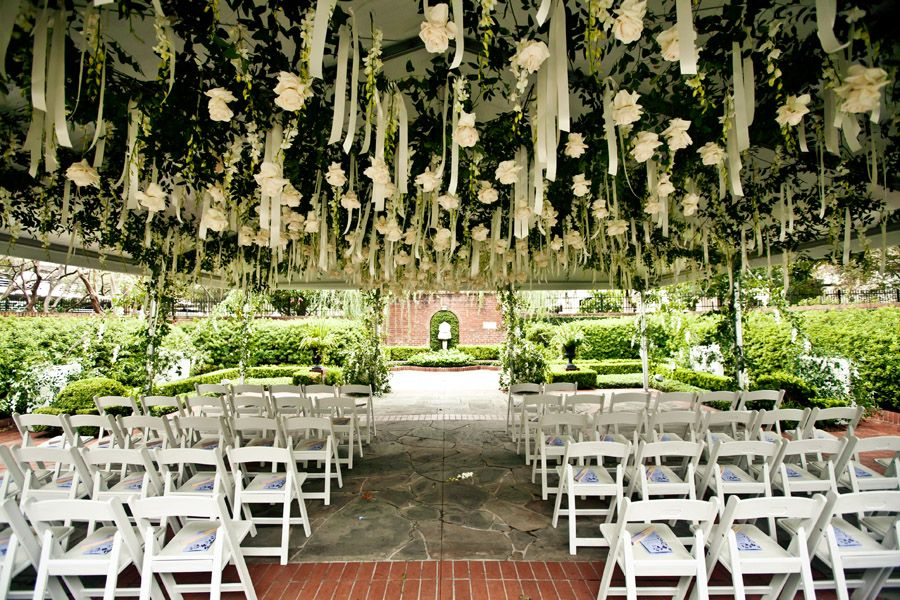 Twighlight inspired ceremony decor river oaks garden for Garden oaks pool houston