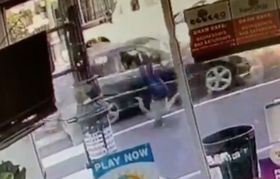 Lapd Shares Strong Video Of A Hit And Run And Offers 25000 For Driver Information In 2020 Hit And Run Lapd Video