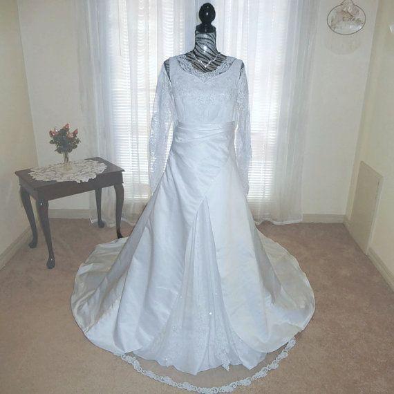 Vintage 1980s Wedding Dress Bridal Dress by VintageByMcCormick ...