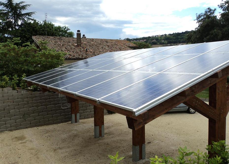 Pensilina fotovoltaica su struttura in legno. Offagna (AN). Potenza 5,76 kWp.