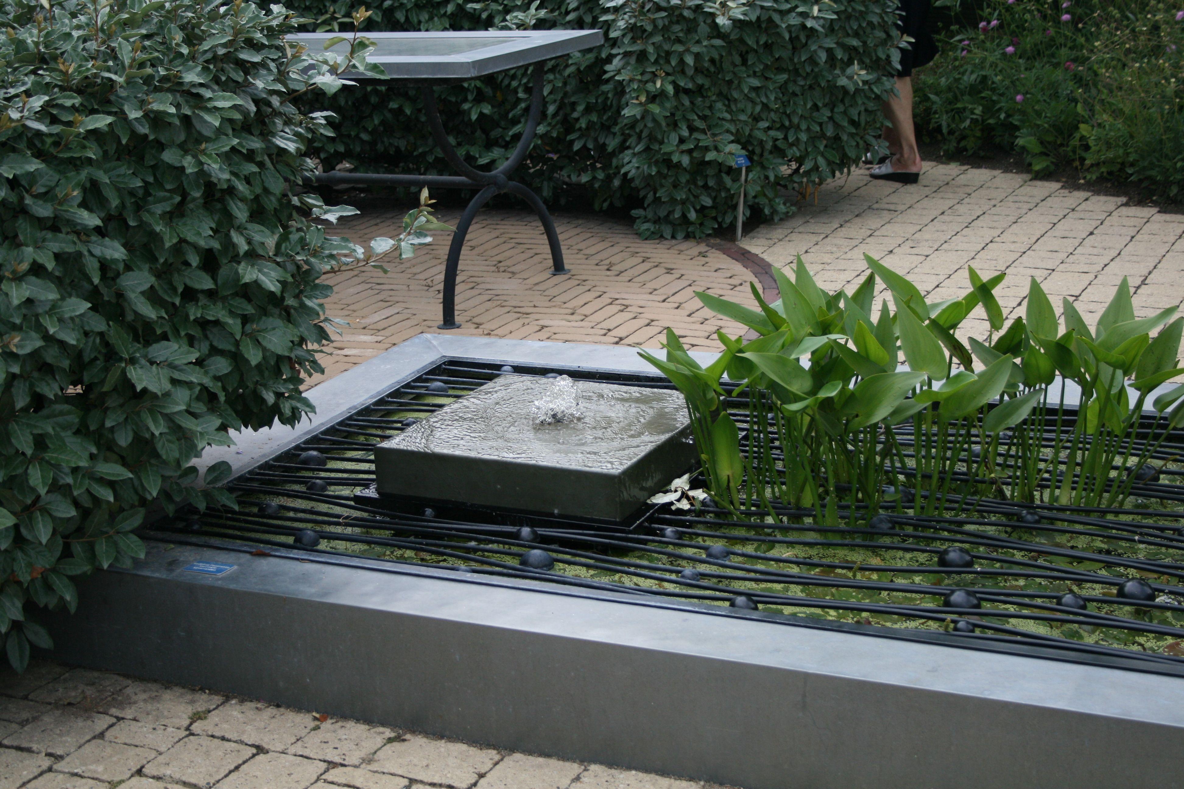 wasser im garten / quellstein / gartenreise holland, Gartenarbeit ideen