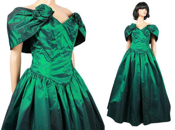 78698abb11a7b A 80s Prom Dress Sz M Vintage Emerald Green Taffeta by HepCatClothes,  $185.00