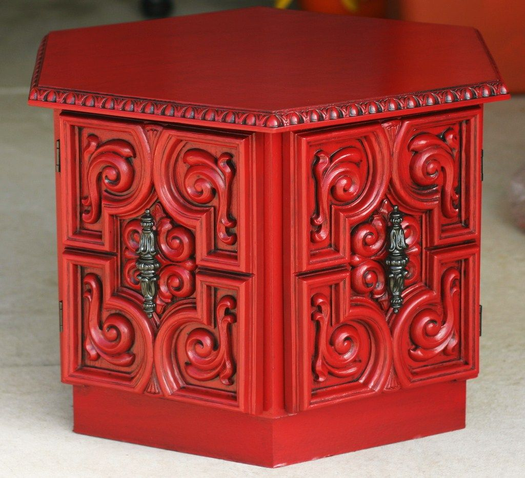 Painted coffee table ideas its amazing what a little krylon painted coffee table ideas its amazing what a little krylon cherry red and glaze will geotapseo Images