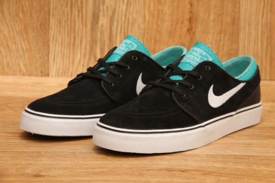 new concept 96e9c f24b1 NIKE SB STEFAN JANOSKI PR SE BLACK   WHITE   TURBO GREEN £64.95