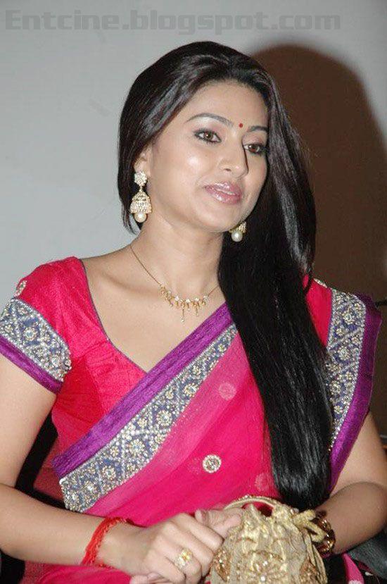 nude-tamil-actress-in-night-club