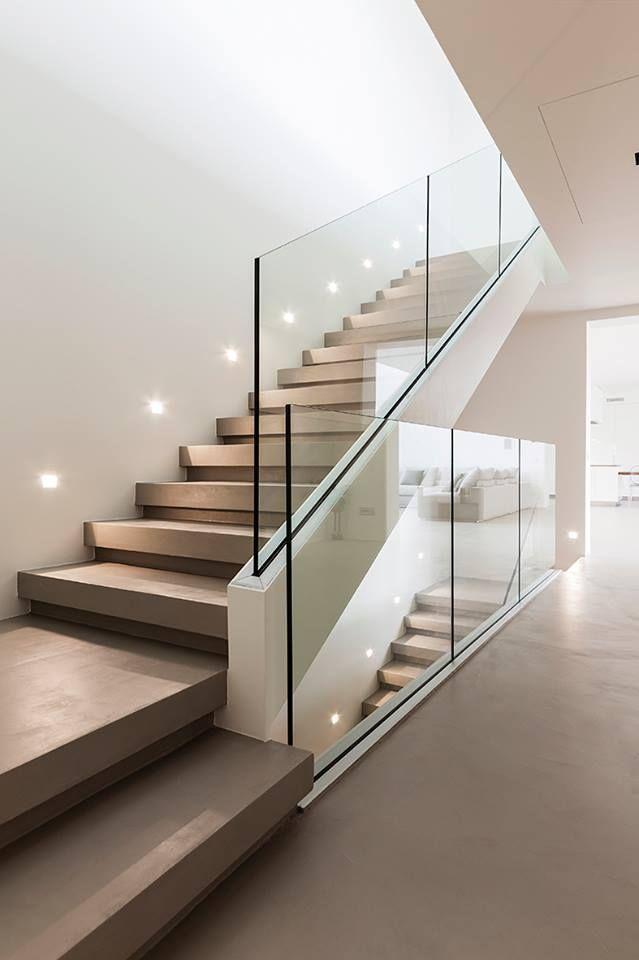 Scale Moderne In Pietra.Scala In Resina Dal Design Minimal E Moderno Resina Elekta