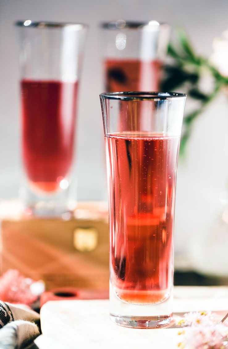 Hibiscus French 75 Punch By Gabriel Cabrera French 75 Punch Festive Drinks Gin And Prosecco