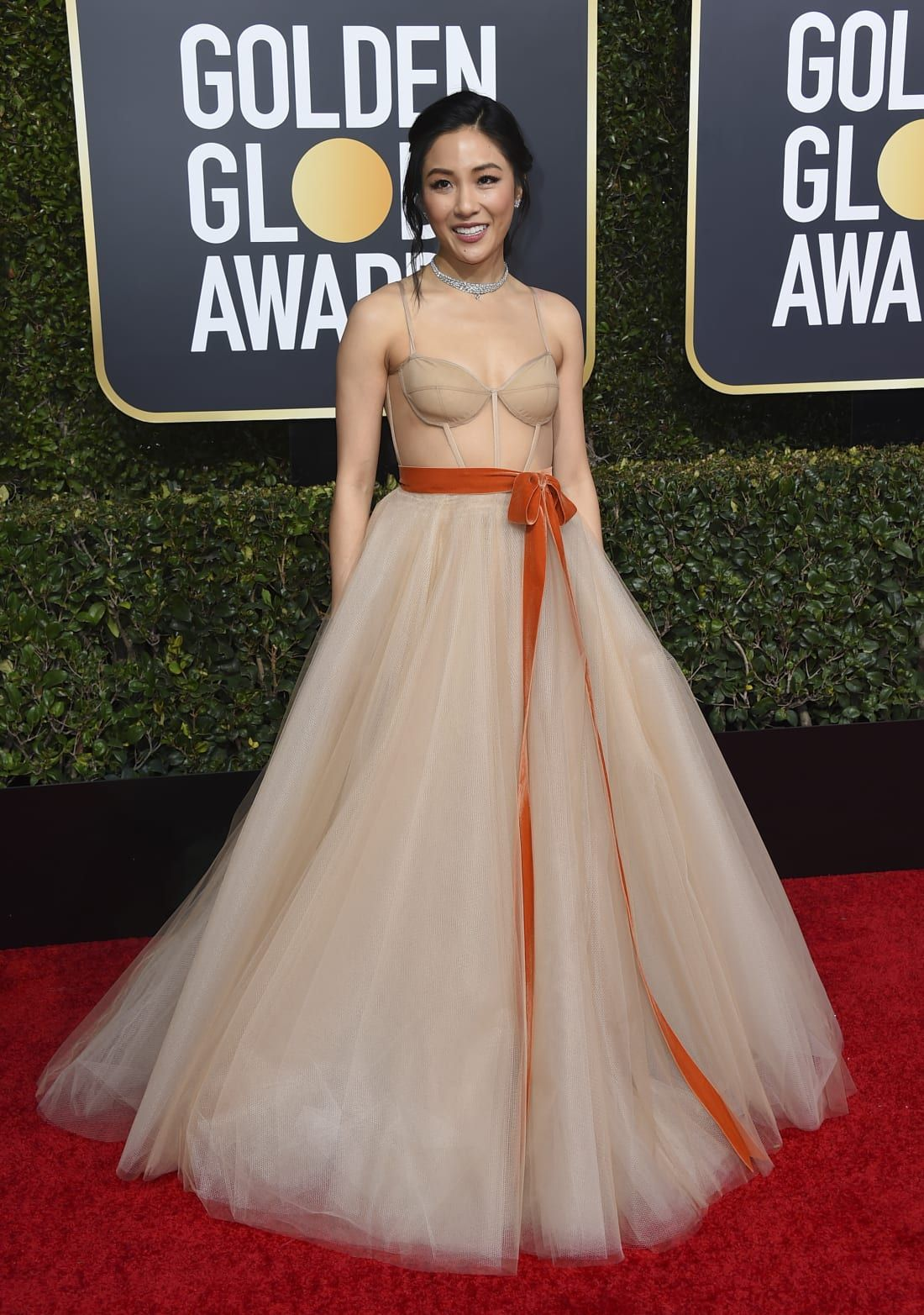 Constance Wu takes the Golden Globes by storm in splendid