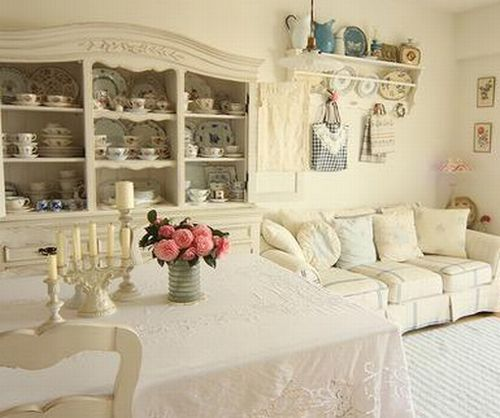 Chic Elegance Of Neutral Colors For The Living Room 10 Amazing Examples: Shabby Chic Living Room