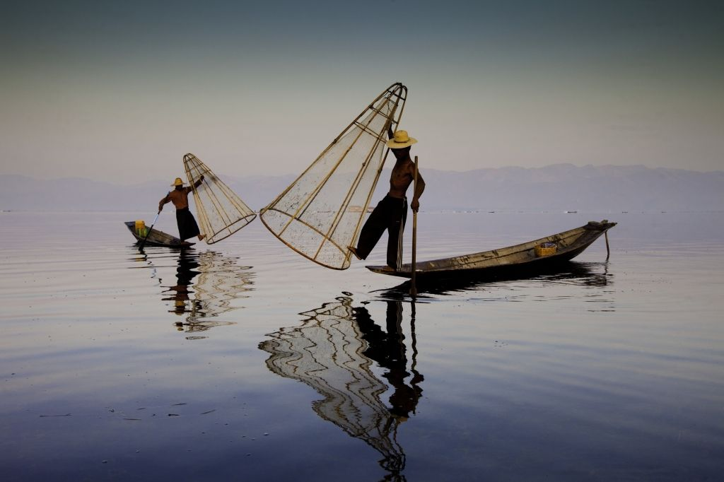 Yangon Fishermen At Dawn Inle Lake Myanmar Art Lake Art