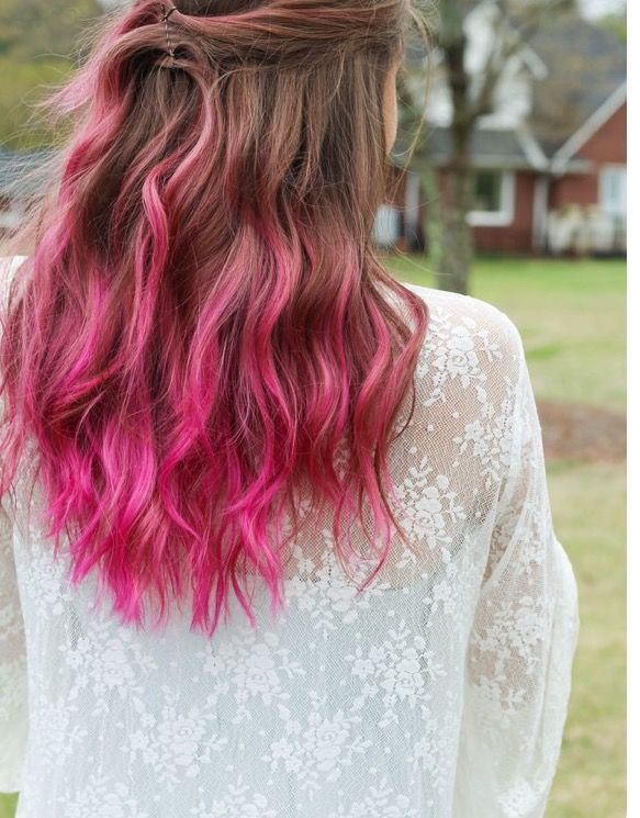 Love The Brunette Pink Ombre Hair Do This Was Inspiration For My Current Brown Pink Hair Color Brown Hair Pink Tips Pink Ombre Hair Hair Color Pastel