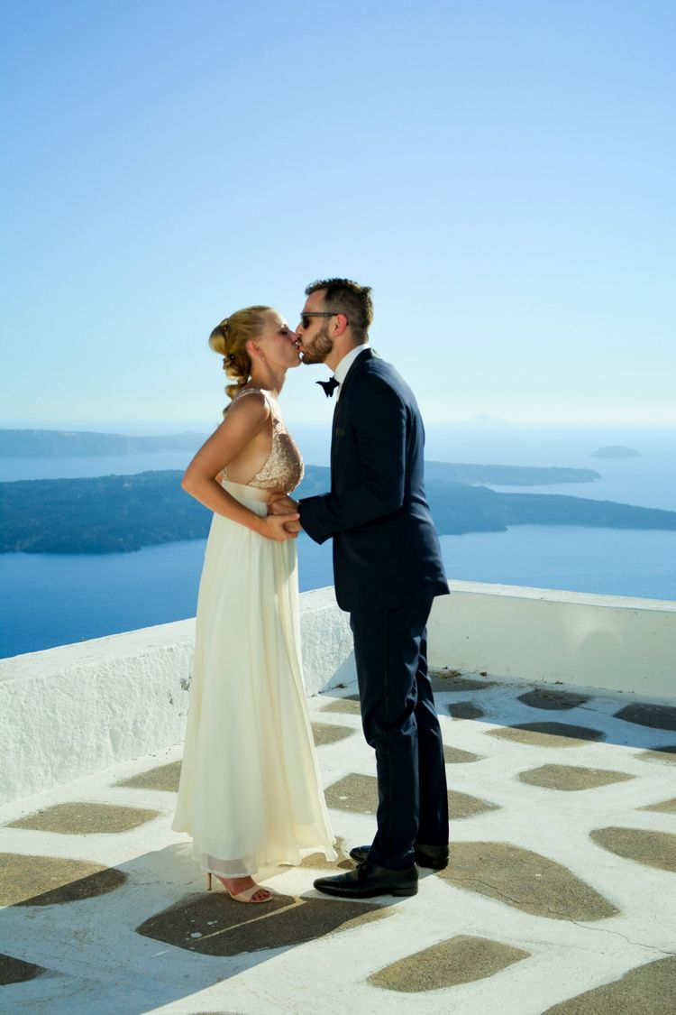 Intimate Santorini Destination Wedding | Destination weddings ...