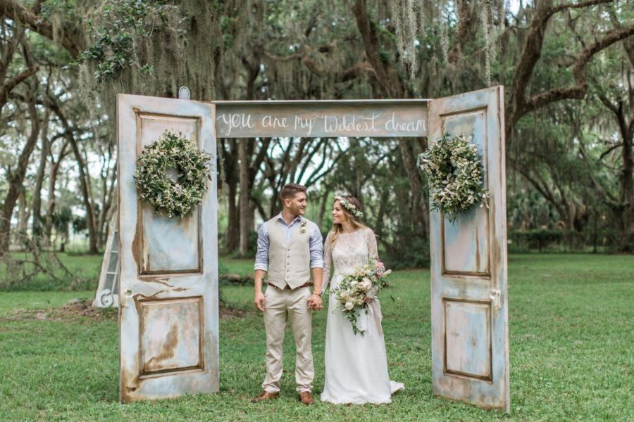 36 Stunning Ceremony Structures for an Outdoor Wedding | Vintage ...