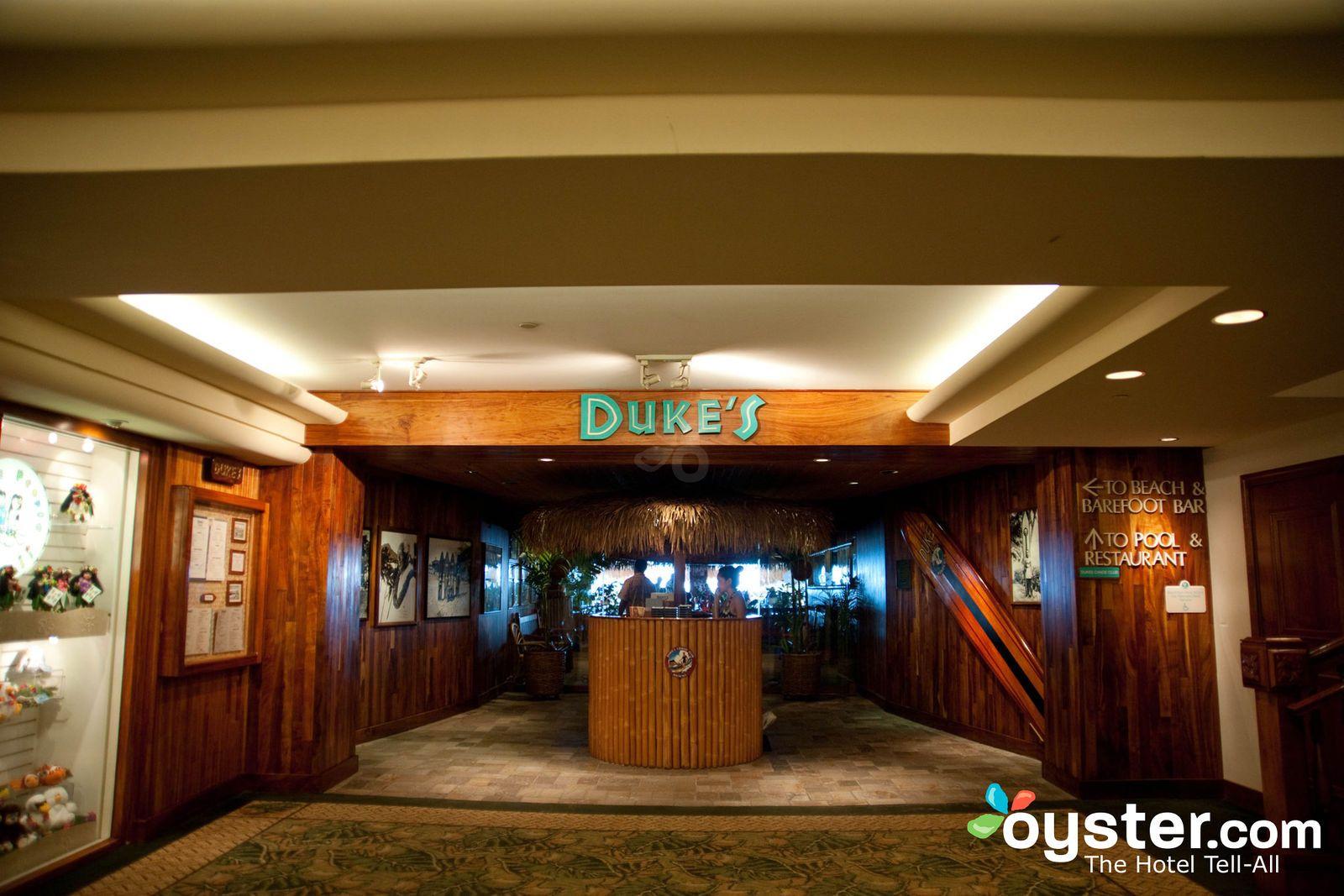 Duke S Canoe Club At The Outrigger Waikiki On The Beach