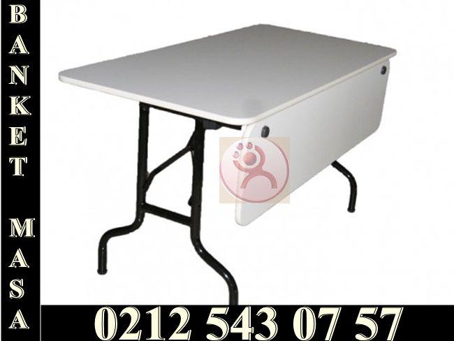 Organizasyonlarınız için sizlere her türlü masa kiralama hizmeti vermekteyiz.Banket masalarımızdan rezervasyon yaptırmak için bizi arayabilirsiniz.Banket masa ve daha bir çok masa seçeneği ile firmamız hizmetinizde...