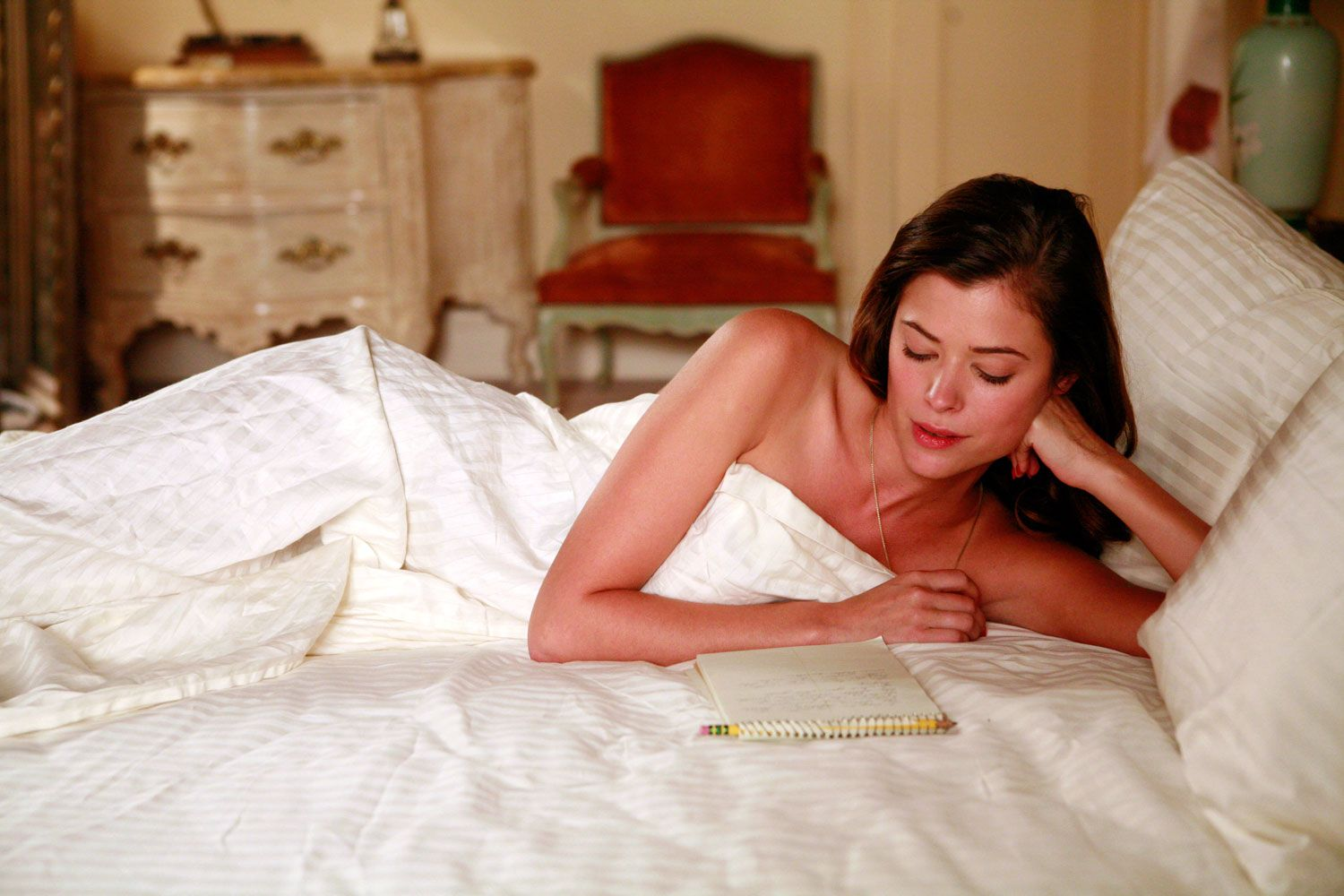 Men And Women In Bedroom The Many Beautiful Women Of Mad Men Beautiful The Ojays And