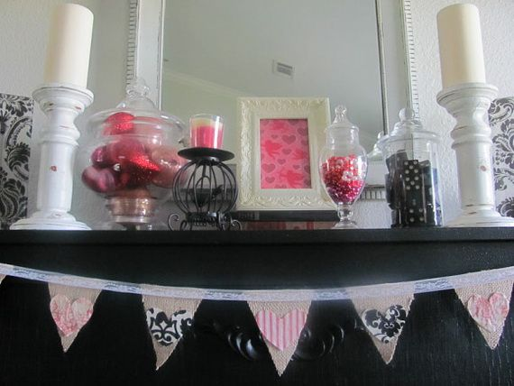 65 Gorgeous Valentineu0027s Day Mantel Décor Ideas_42 570