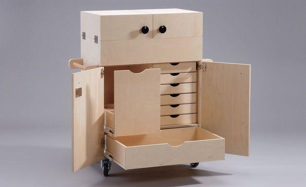 werkstattwagen werkzeugkiste arbeitstische und werkzeuge. Black Bedroom Furniture Sets. Home Design Ideas