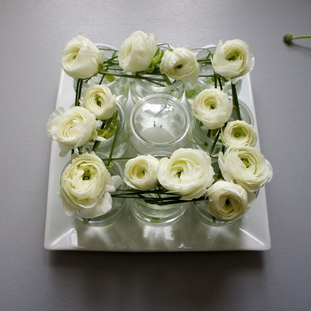 Centre de table r cup et renoncules flor sie wedding for Decoration avec des roses